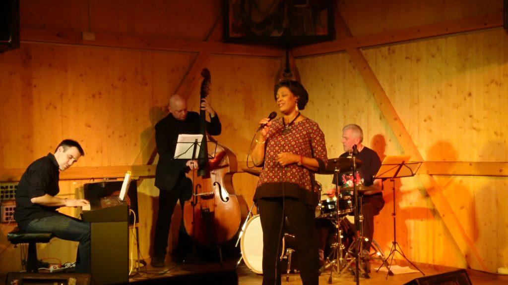 Carole Alston  & Markus Gaudriot Trio im Kulturfleckerl Eßling